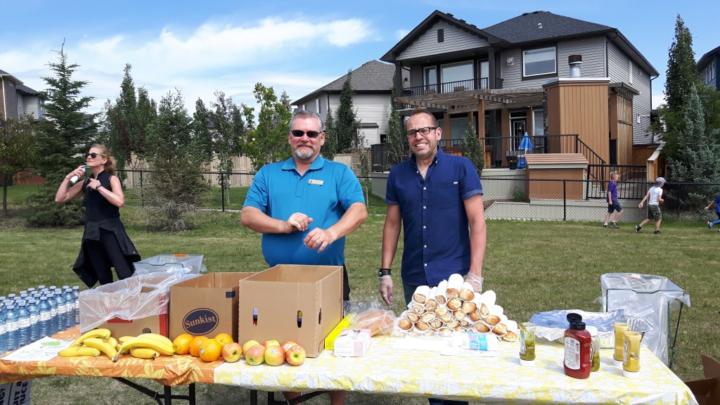 Sage Hill - Neighbour Day